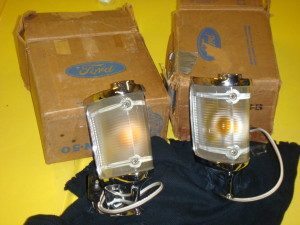 NOS 68-69 Torino pair of parking light assemblies