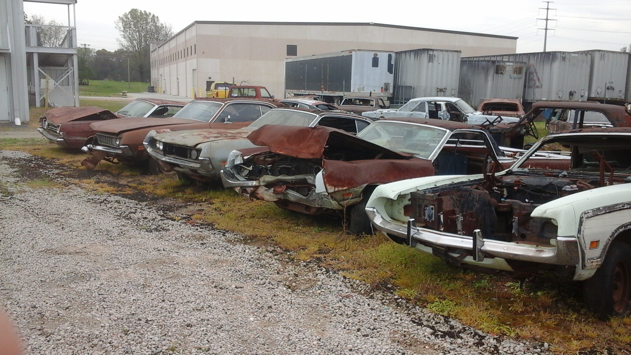 Junkyards with Torinos and Fords | Buntmans Obsolete Torino and ...