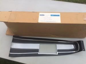 NOS 68-71 Torino  SUPER RARE console plate in the FORD BOX